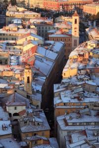 vieille ville Nice toit neige hiver