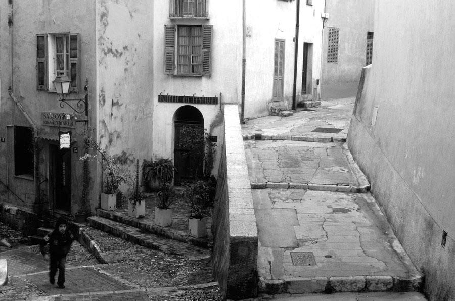 noir et blanc photographe Menton vieille ville