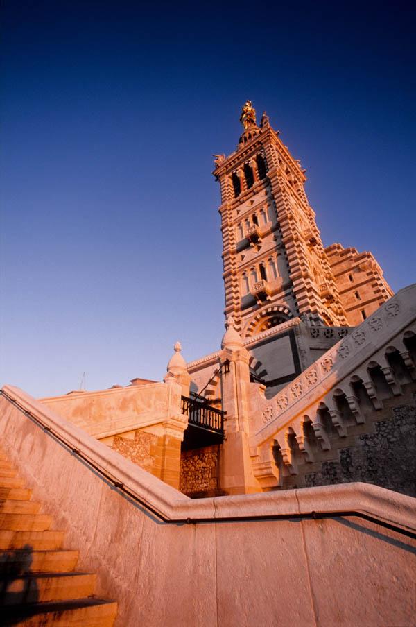 Notre Dame de la Garde edifice religieux église cathédrale