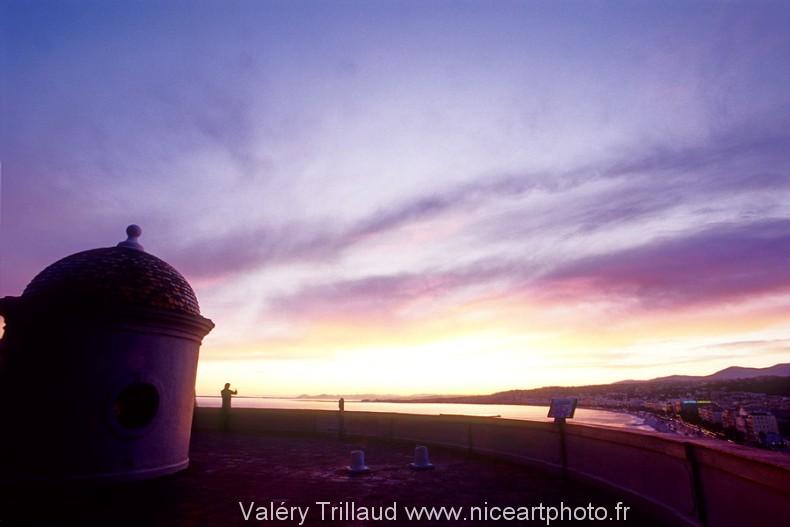 chateau Nice ciel pourpre coucher soleil soir photo