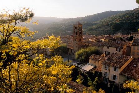 Village médiéval de Moustiers Sainte Marie