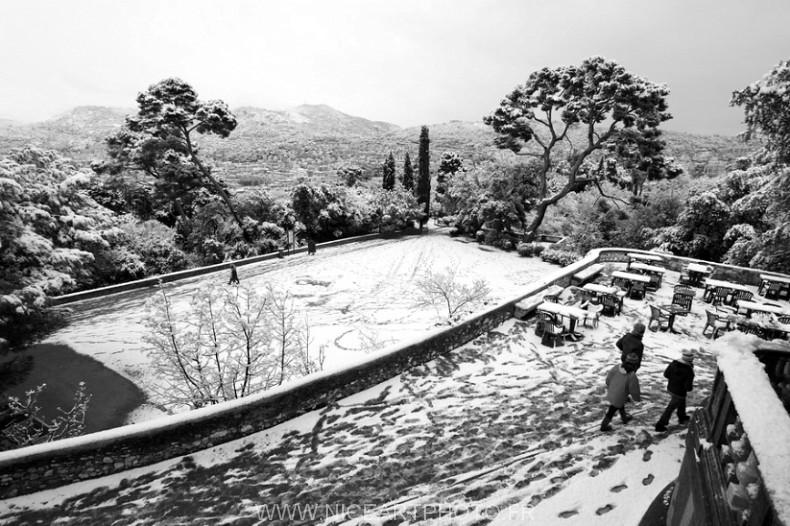 photo chateau Nice noir et blanc neige hiver