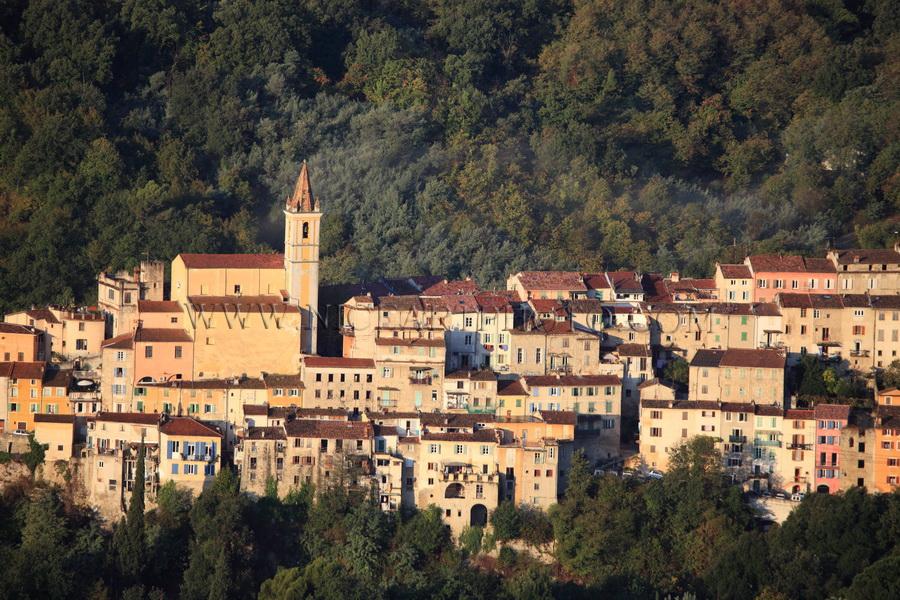 village Contes Alpes-Maritimes