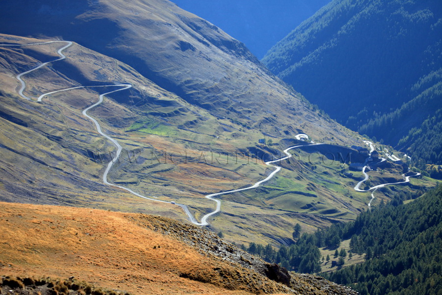 Route de Bousieyas