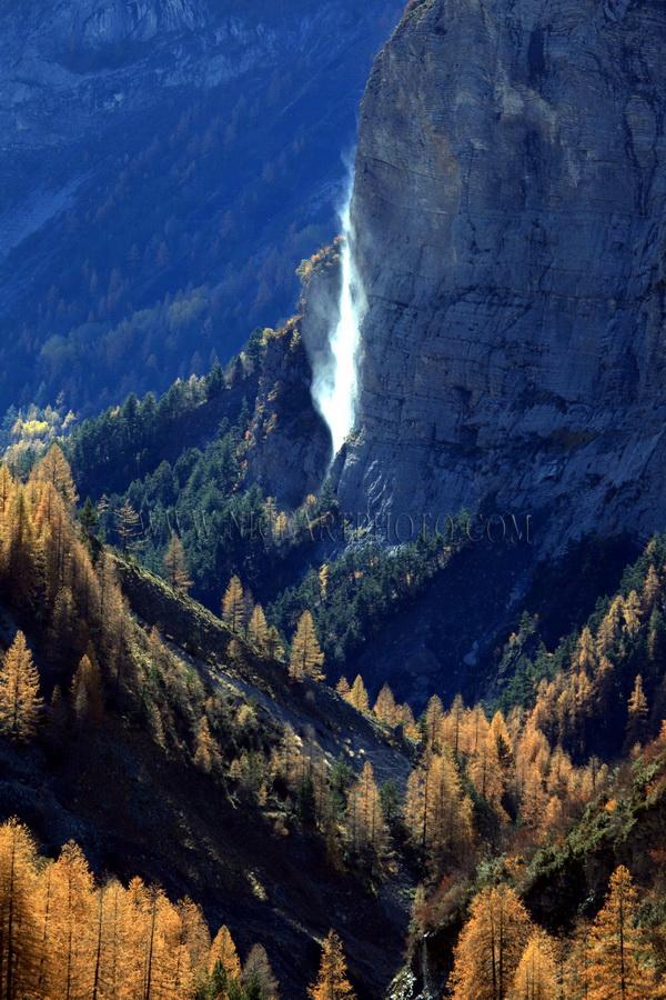 vallee du haut var cascade