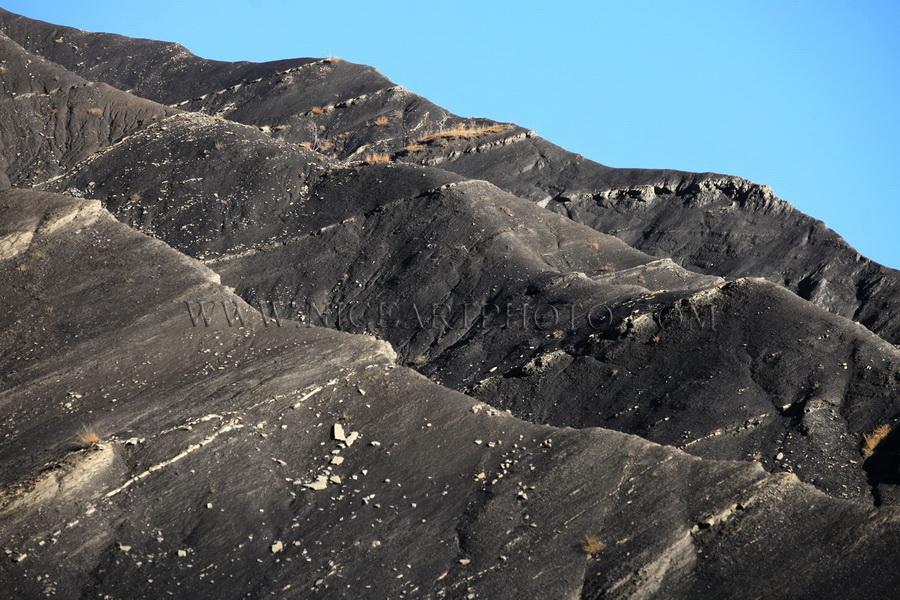 vallee du haut var schiste noir