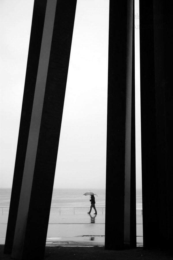 nice-promenade-des-anglais-sous-la-pluie