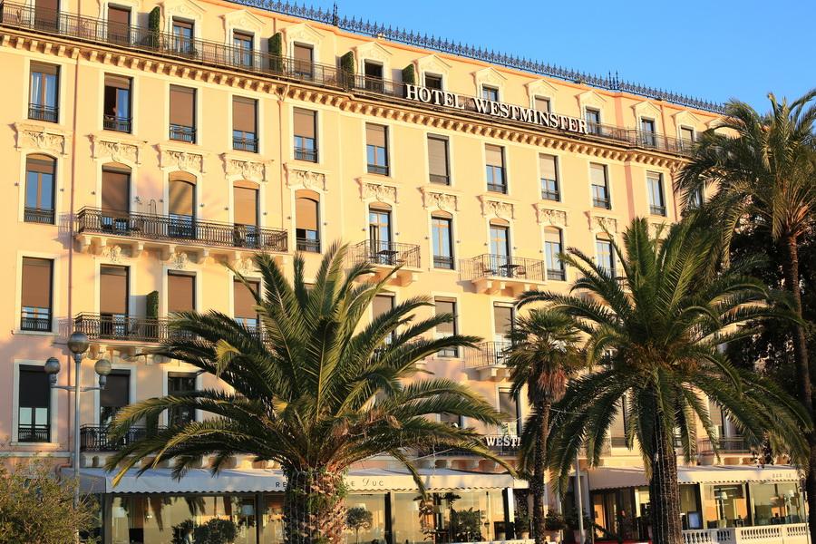 """Photographies d'art au restaurant """"Le Duc"""" de l'hôtel Westminster Nice"""